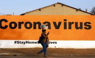 Un message en Afrique du Sud pour prévenir la propagation du coronavirus, le 19 juin 2020.