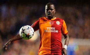 Emmanuel Eboué sous le maillot de Galatasaray.
