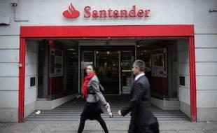 Les 31 banques considérées comme insuffisamment capitalisées par le régulateur européen avaient jusqu'à vendredi pour transmettre leur plan de renforcement, une étape que toutes ont franchie en usant de multiples mécanismes pour éviter les appels au marché ou de recourir à l'aide des Etats.