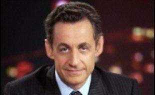 """Nicolas Sarkozy se déclare candidat à la  présidentielle dans une interview à la presse régionale, proposant """"une autre vision de la France"""", et """"une rupture tranquille"""", à cinq mois de l'élection phare de la Vème République."""