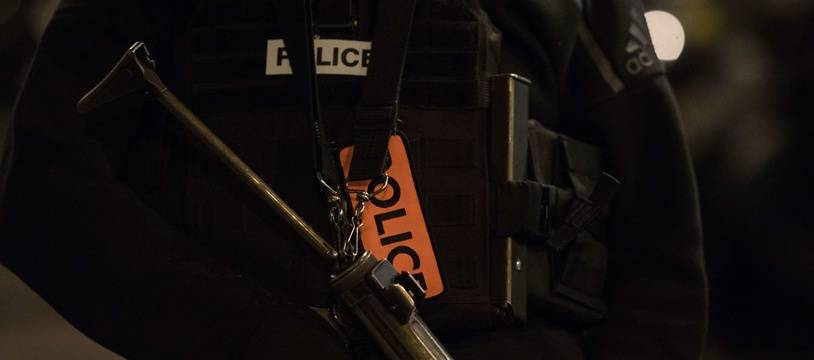 Illustration d'un policier en service.