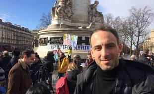 L'essayiste Raphaël Glucksmann place de la République à Paris, le 5 mars 2017.