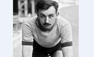 Lucien Petit-Breton.
