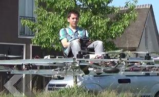 Il construit un drone géant pour se déplacer - Le Rewind (vidéo).