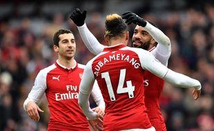 Mkhitaryan, Aubameyang et Lacazette sous le maillot d'Arsenal