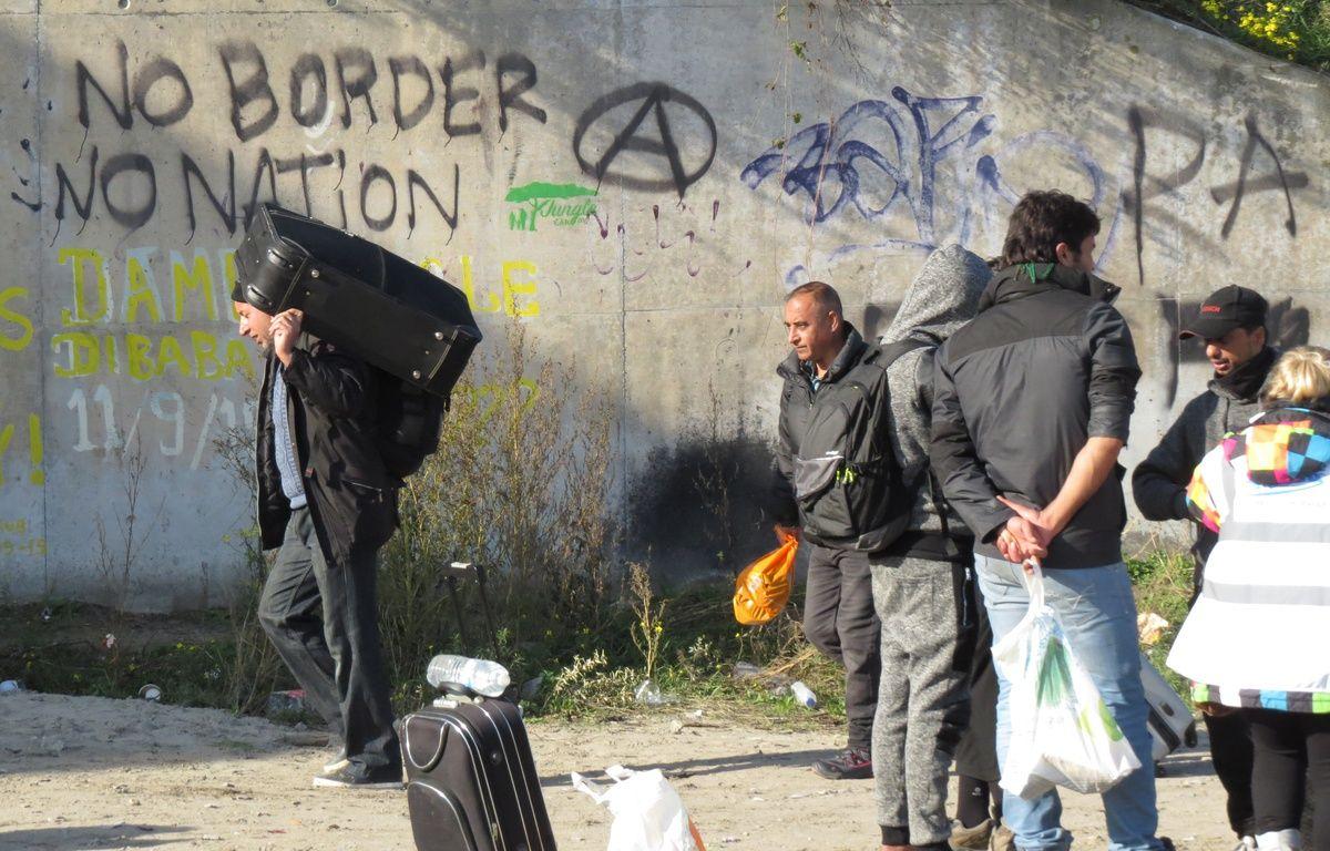 Calais, le 25 octobre 2016 - Evacuation de la jungle, camp de migrants – Olivier Aballain / 20 Minutes