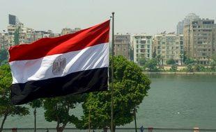 Un drapeau égyptien au Caire.
