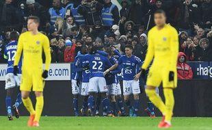Football: A la même période l'an dernier, le Racing club de Strasbourg infligeait au PSG sa première défaite de la saison.