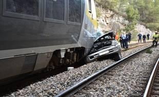 Le conducteur de la voiture n'a pas survécu à ses blessures.