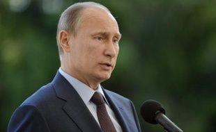 Vladimir Poutine a dissipé mardi le mystère sur Edward Snowden, l'ex-consultant de la NSA recherché par les Etats-Unis, en annonçant qu'il se trouvait toujours en zone de transit à l'aéroport de Moscou, et que la Russie n'allait pas l'extrader aux Etats-Unis.