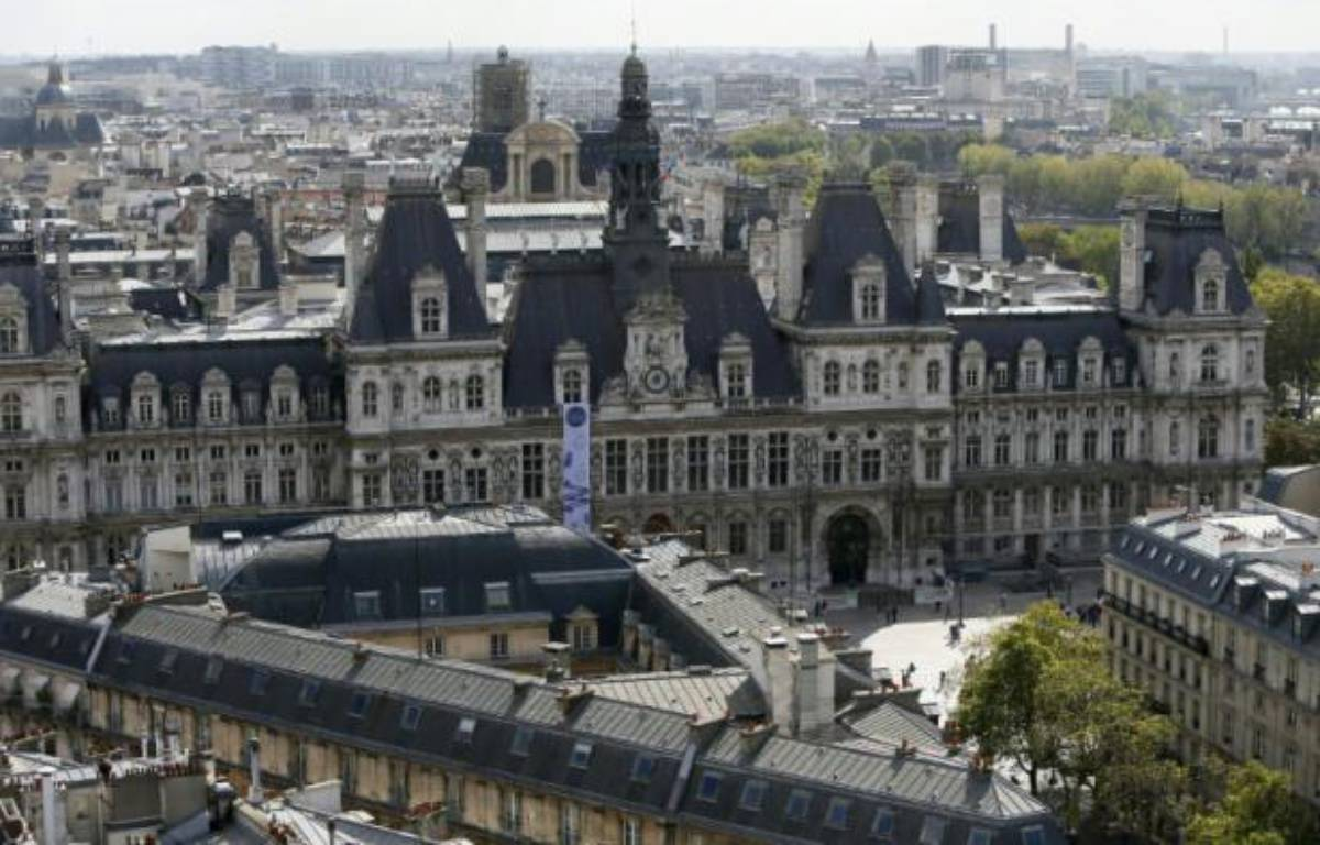 La mairie de Paris photographiée depuis le tour Saint-Jacques le 15 septembre 2012 – Kenzo Tribouillard AFP