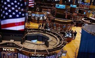 La Bourse de New York aborde les prochains jours avec appréhension, après une semaine tumultueuse marquée par le retour au premier plan de la crise grecque, espérant que les prochains indicateurs américains apporteront du réconfort.