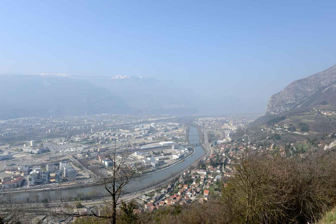 Grenoble fin des restrictions de circulation pour cause for Piscine grenoble
