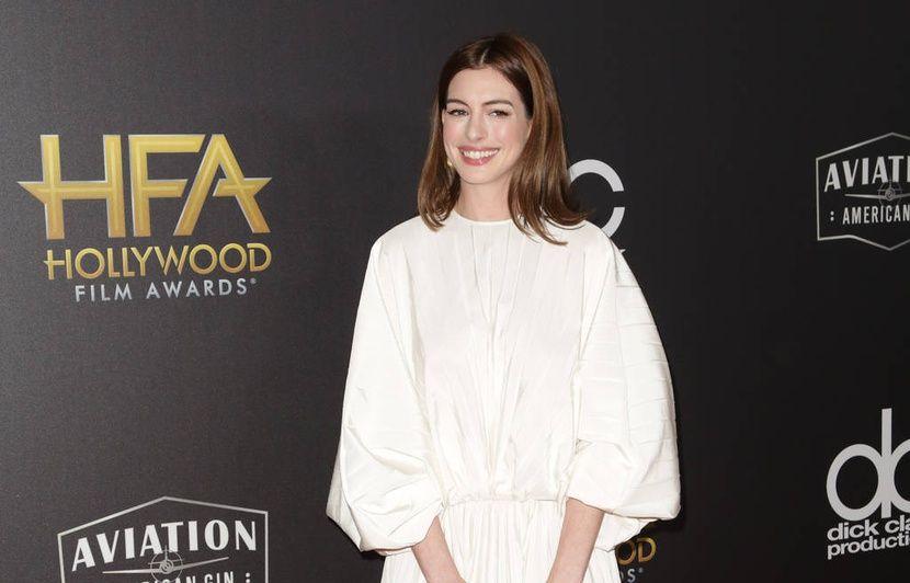 Anne Hathaway n'est plus végane et c'est à cause de Matt Damon