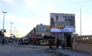 Une affiche du groupe Etat Islamique dans la ville de Raqa le 2 novembre 2014