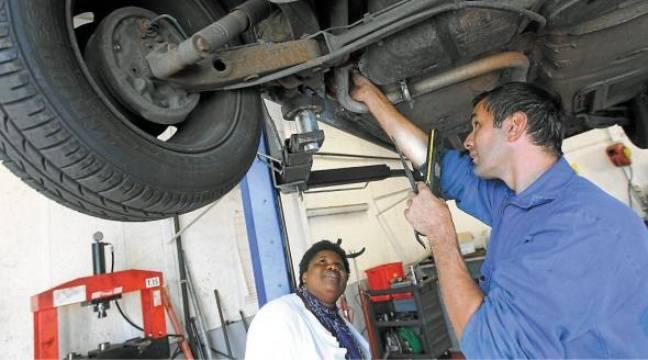M canord le garage bas prix qui fait face la crise for Garage qui fait credit