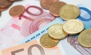 Illustration de billets et de pièce d'euros.