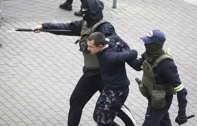 648x415 une arrestation a minsk lors de la manifestation du 8 novembre