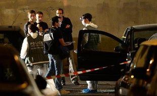 """En saisissant plus d'un million d'euros en petites coupures lors d'une opération anti-drogue cette semaine à la Castellane, cité la plus peuplée de Marseille, les autorités estiment avoir porté un coup """"exceptionnel"""" à un trafic """"emblématique"""" de la ville."""