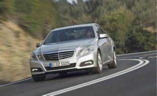 Ergonomie et finition parfaite, la Classe E de Mercedes est une berline haut de gamme.