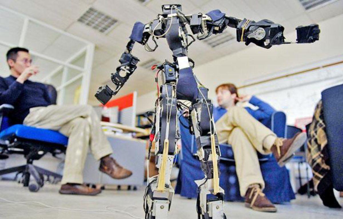 Le robot Acroban et ses créateurs – J.P. Vincent / 20 minutes