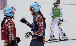 Ophélie David (en blanc), après sa finale olympique à Sotchi, le 21 février 2014.