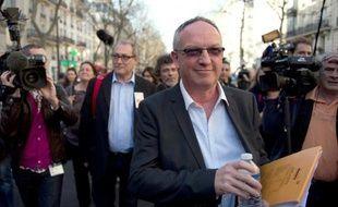 Eric Aubin (CGT) à l'issue d'une réunion avec le Medef sur l'assurance-chômage le 20 mars 2014 à Paris