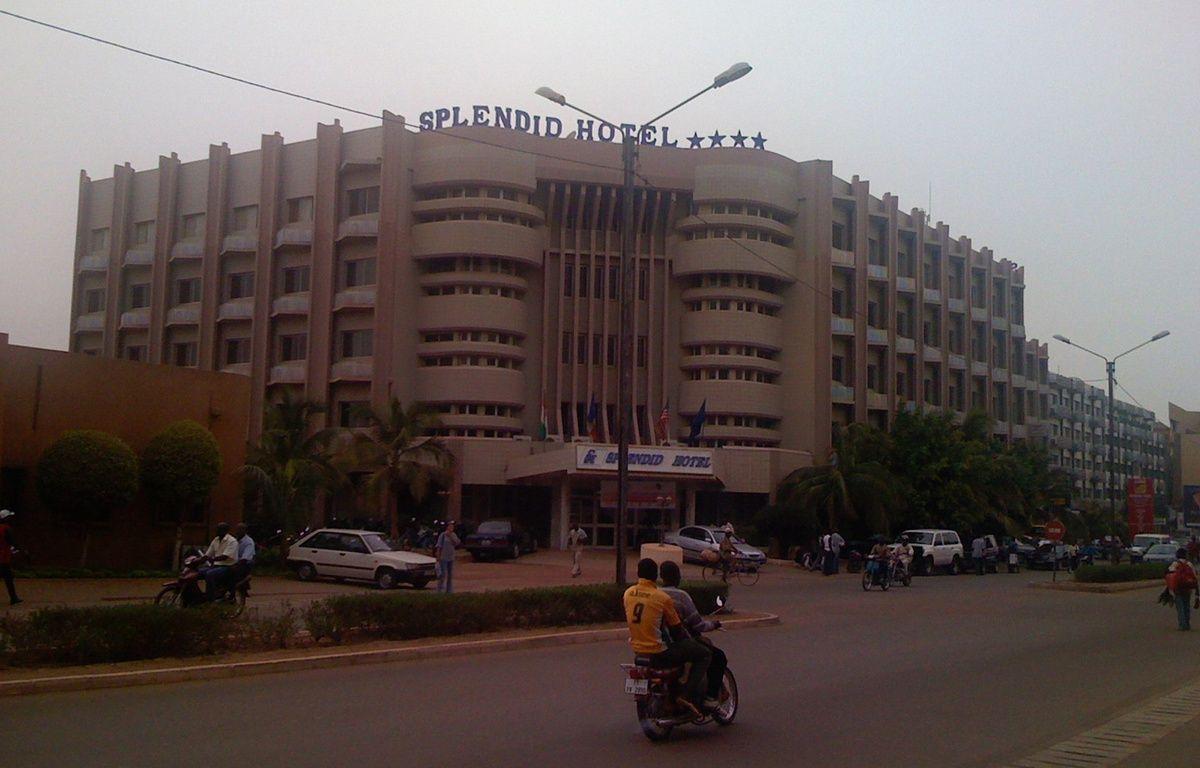 L'hôtel Splendid, à Ouagadougou, le 25 mai 2008. – Zenman / Wikimédia Commons