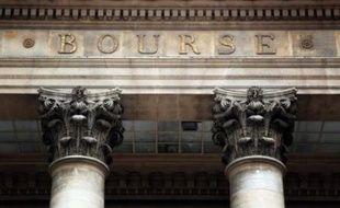 La Bourse de Paris a ouvert en hausse mercredi (+0,32% à 3.880,08 points), dans un marché soutenu par Wall Street et qui attend maintenant les décisions de la Fed en fin de journée.
