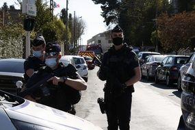 Trois personnes de l'entourage de l'assaillant du commissariat de Rambouillet ont été placés en garde à vue ce vendredi 23 avril 2021. (Illustration)
