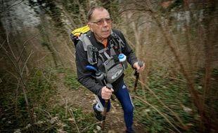L'ultra marathonien Joseph Le Louarn, lors d'un entraînement dans le bois de Vincennes, le 13 mars 2012.