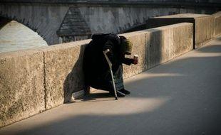 Une sans-abris à Paris, en mars 2016
