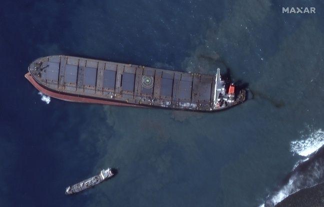 <div>Marée noire à Maurice : Du fioul s'écoule à nouveau du bateau échoué au large de l'île</div>