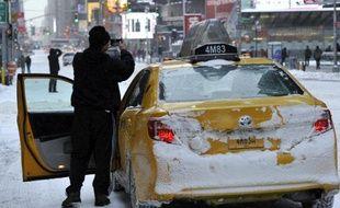 Un chauffeur de taxi à Times Square, à New York, le 3 janvier 2013