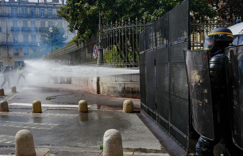 « Gilets jaunes » à Montpellier : Des dégâts et des heurts dans le centre-ville en marge de l'« acte 56 »