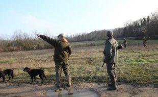Un chasseur a été blessé par un tir de fusil après que son chien eut accidentellement actionné la détente, lundi près de Orthez.