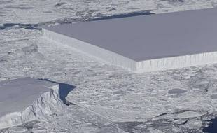 Un iceberg parfaitement rectangulaire a été découvert par la Nasa en Antarctique, le 16 octobre 2018.