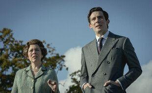 Les acteurs Olivia Colman et Josh O'Connor dans la série «The Crown»
