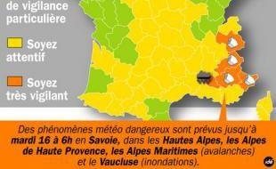 Carte d'alerte météo du 15 décembre 2008: des avalanches dans les Alpes et des inondations dans le Vaucluse.