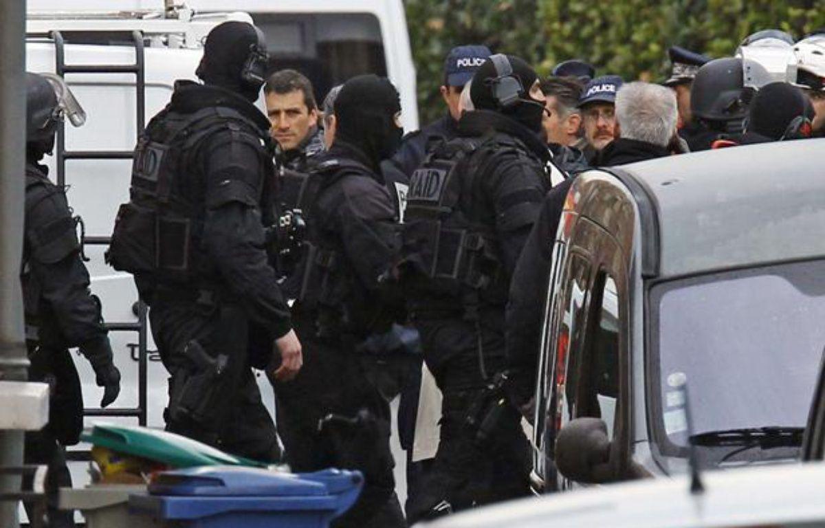 Les hommes du Raid sont intervenus pour tenter de maîtriser Mohamed Merah, le 22 mars 2012 à Toulouse.  – Remy de la Mauvinere/AP/SIPA