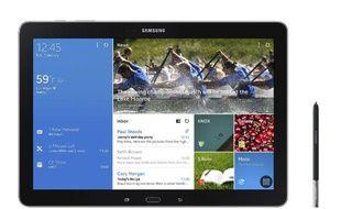 Une surcouche logicielle permet de partager l'écran de la Galaxy Note Pro en quatre parties, toutes fonctionnant indépendamment les unes des autres...