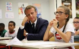 Emmanuel Macron fait sa rentrée à Lavaln ce lundi 3 septembre.