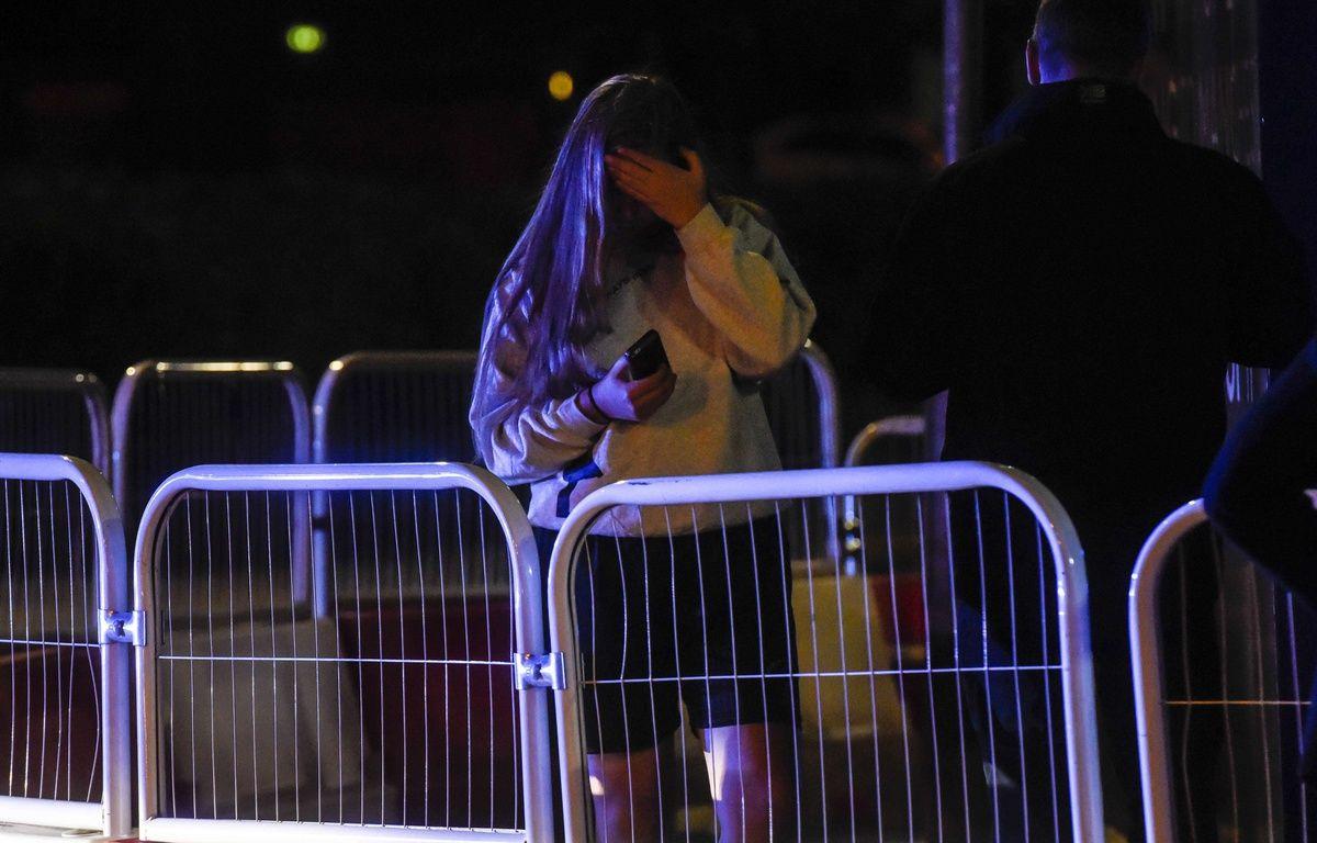 Une spectatrice du concert après lequel a eu lieu un attentat à Mnachester le 22/05/2017.Credit:Dan Rowlands/Mercury Pres/SIPA – SIPA