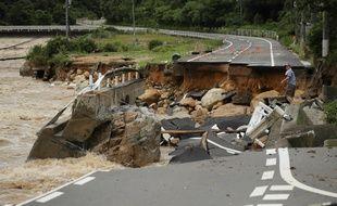 Des pluies torrentielles qui s'abattent depuis plusieurs jours sur le sud et l'ouest du Japon.
