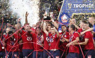 En remportant le Trophée des champions contre le PSG le 1er août 2021 à Tel Aviv, le Losc commence bien sa saison.
