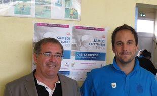 Bègles, le 26 août 2014 - Bernard Coly, président de l'UMB-B et son coach, Emmanuel Mayonnade.