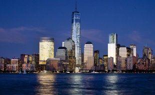 Le skyline de Manhattan, à New York, dominée par la tour du One World Trade Center.