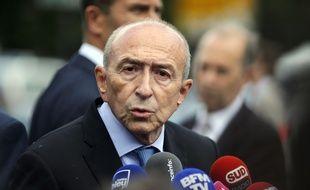 Le ministre de l'Intérieur a donné une conférence de presse, mardi, sur le parvis de Notre-Dame