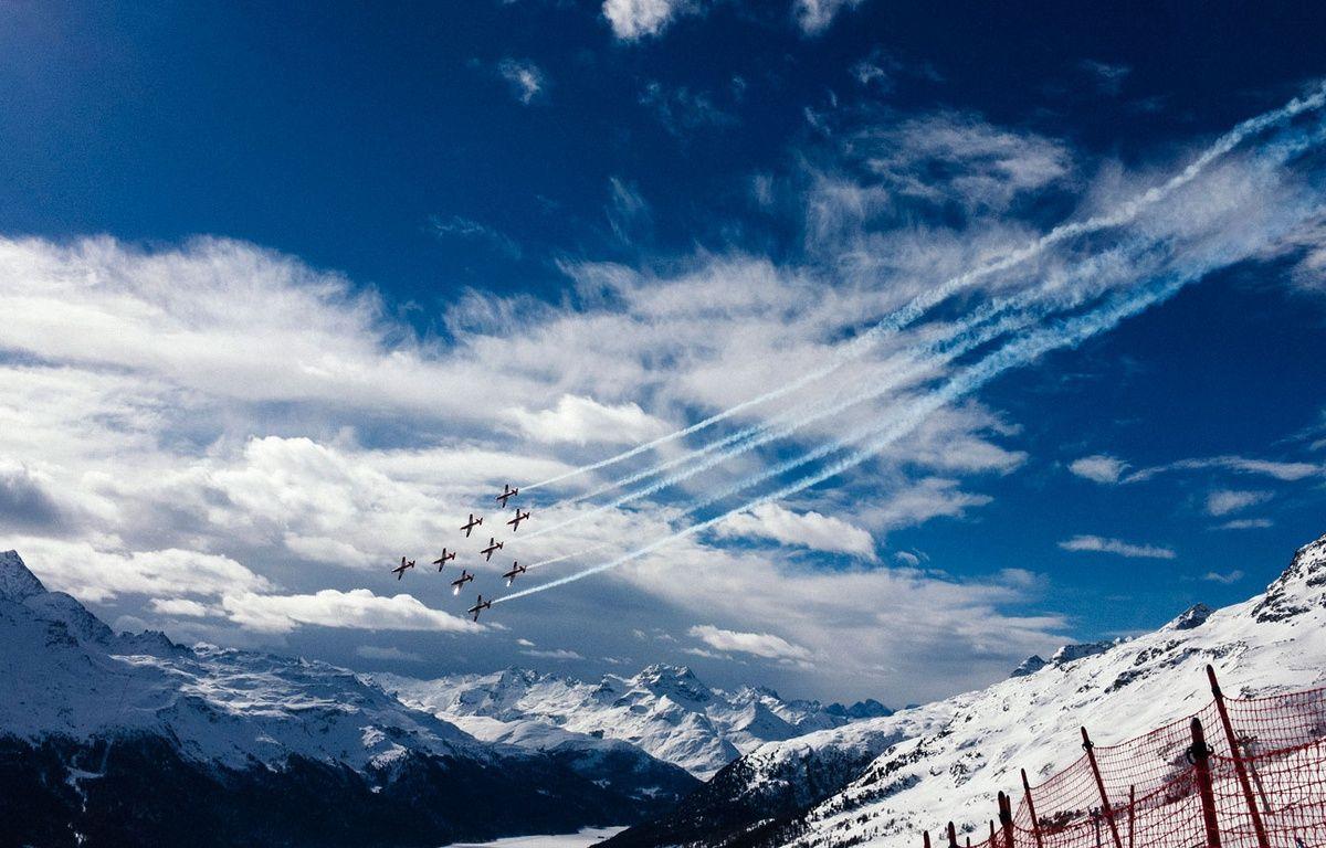 Des avions survolent la piste des Mondiaux de ski 2017. – Dimitar DILKOFF / AFP