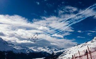 Des avions survolent la piste des Mondiaux de ski 2017.